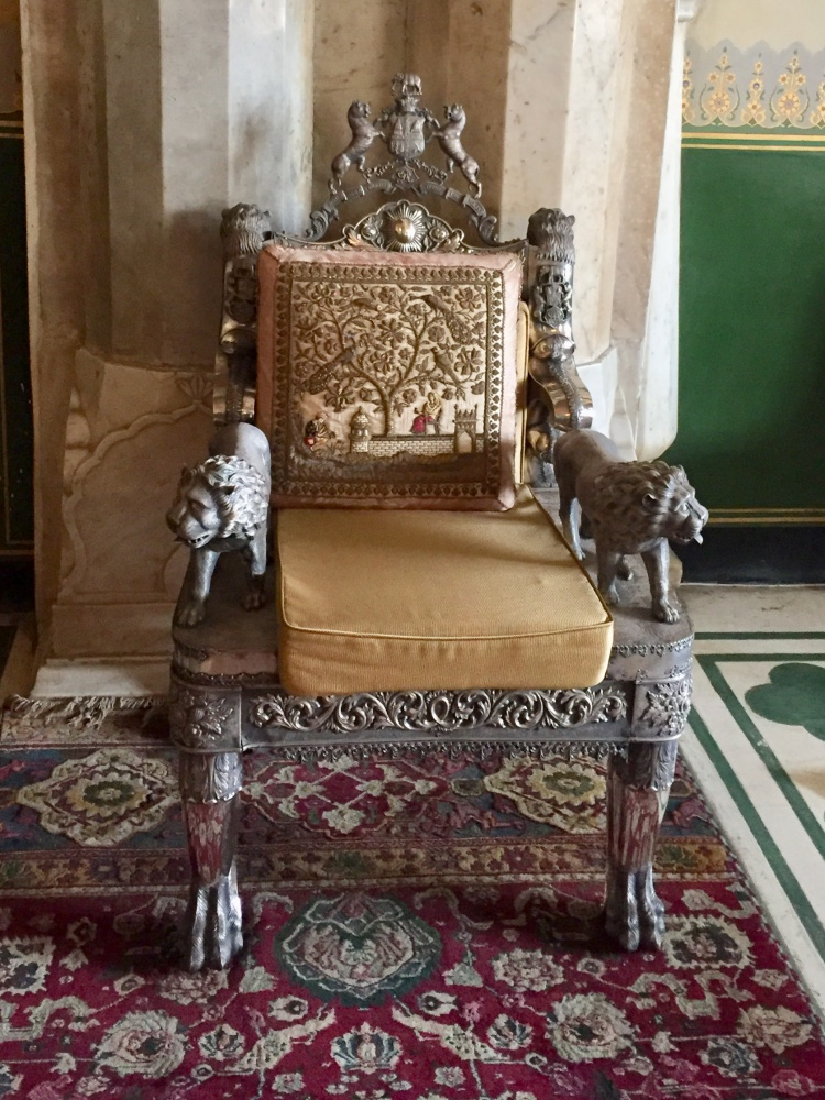 silver-throne-jaipur-india