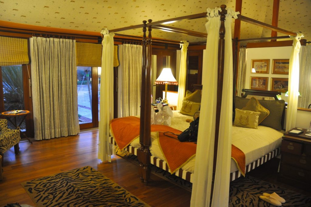 A bed in Oberoi Vanyavilas Ranthambore