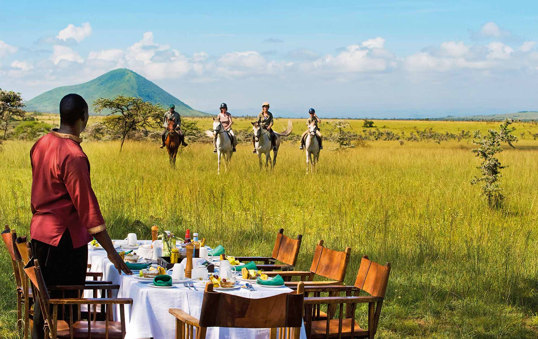 Horseback riding to picnic lunch at Chyulu Hills