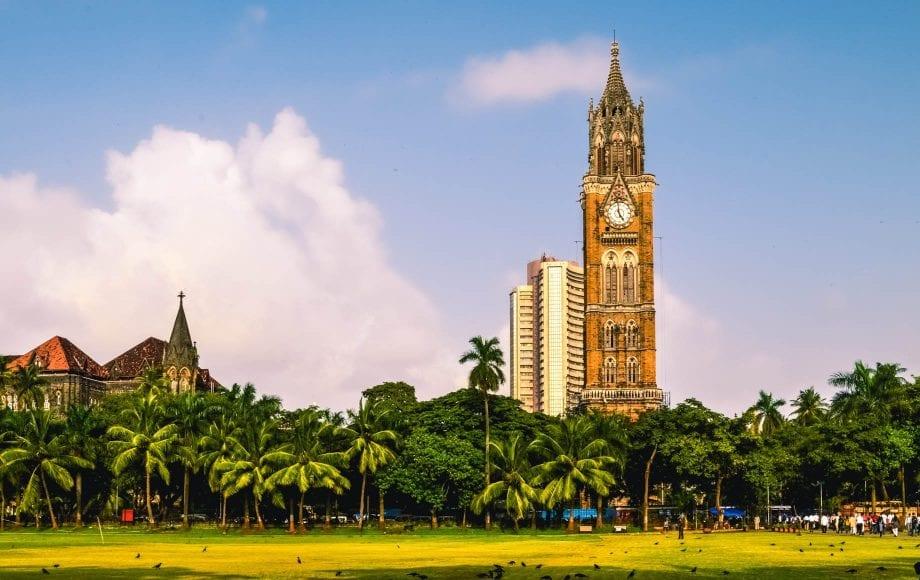Peaceful park and tower at Mumbai