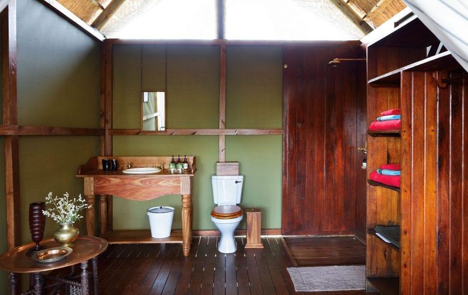 Interior of Mapula Lodge bathroom