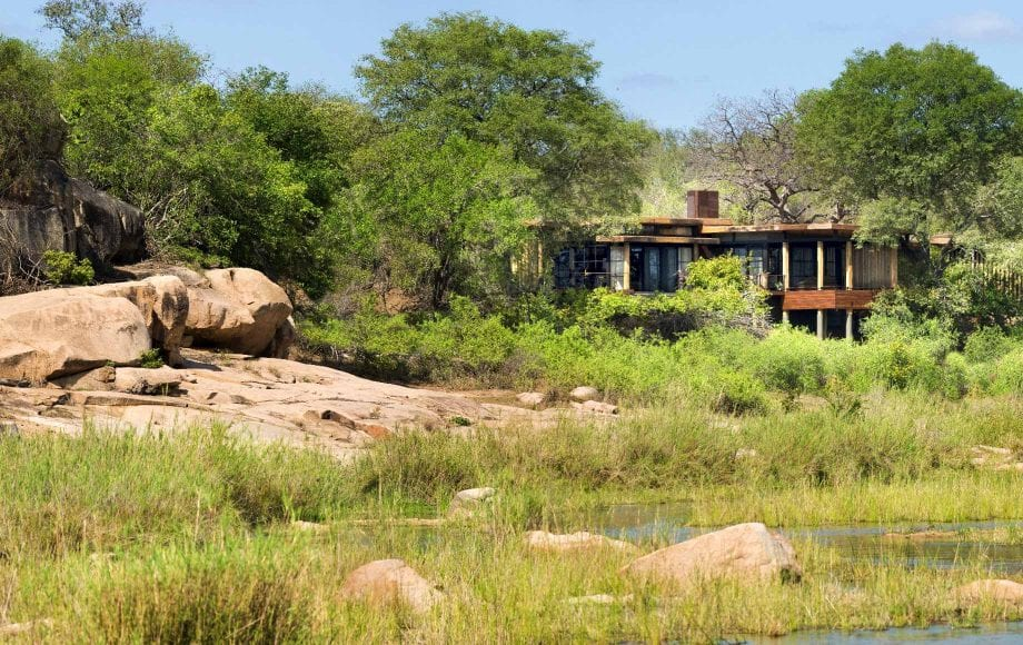 Exterior of Tengile River Lodge near rocks