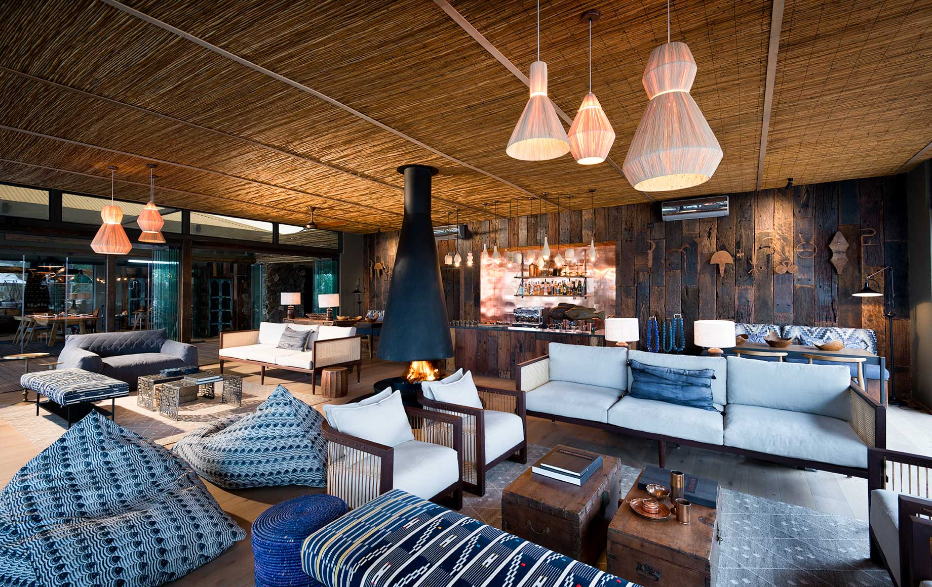 Lounge area at Thorntree River Lodge
