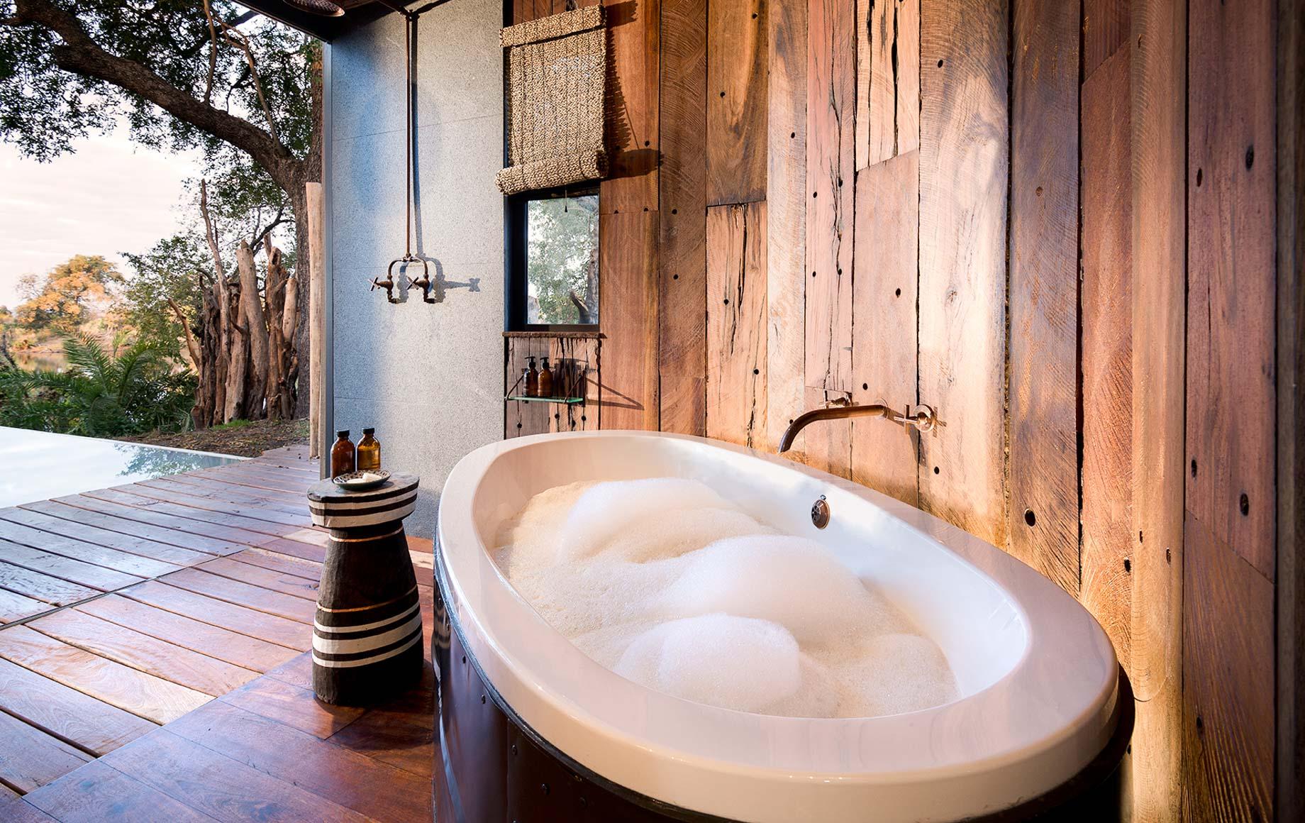 Tub prepared for bubble bath at Thorntree River Lodge