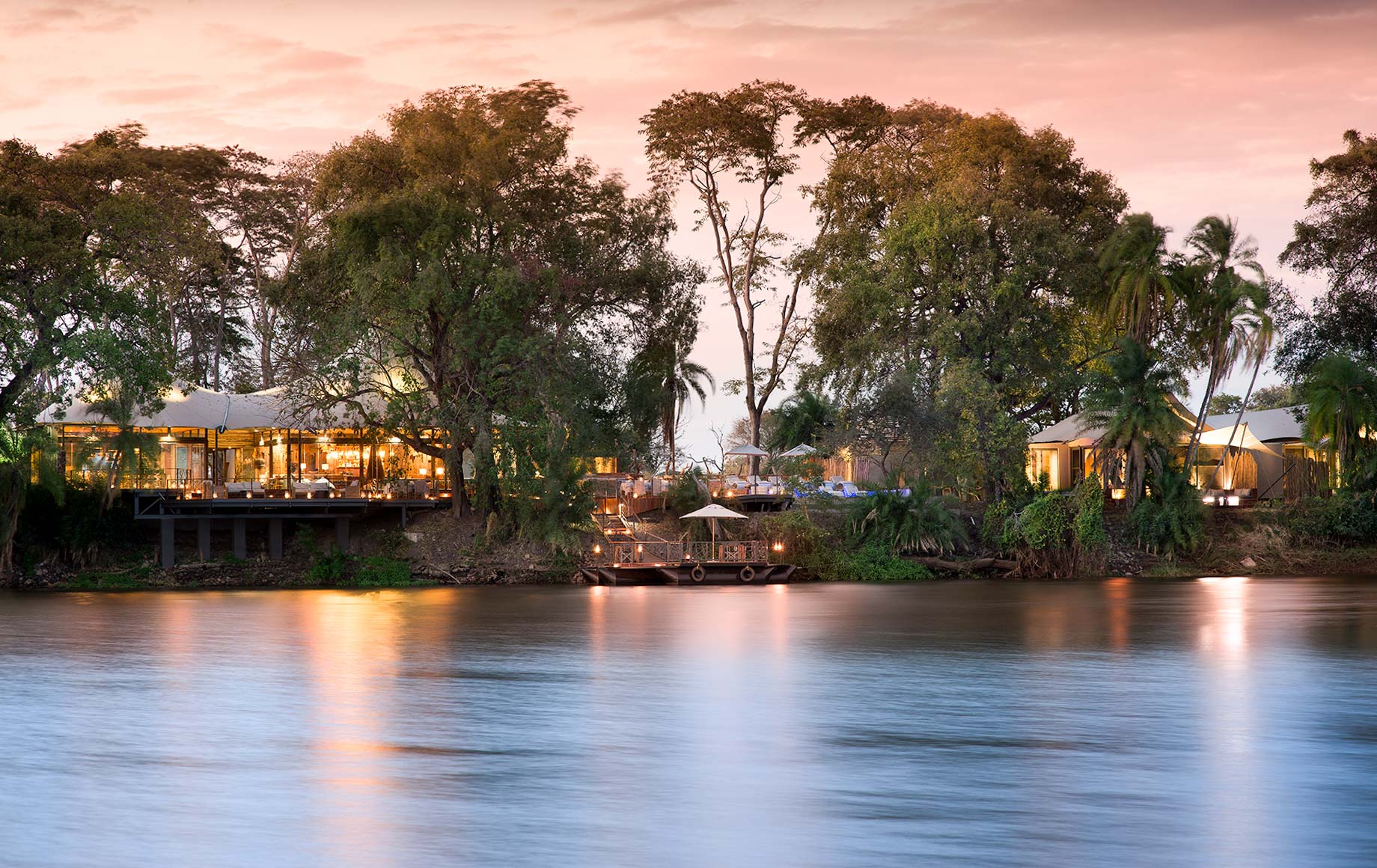 Exterior view of Thorntree River Lodge