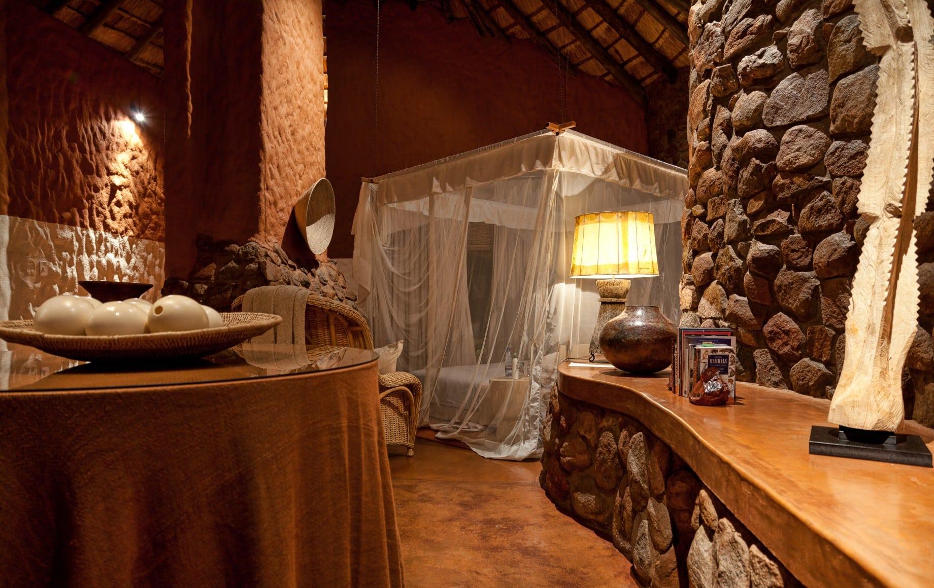 room with bug net at Tswalu Motse
