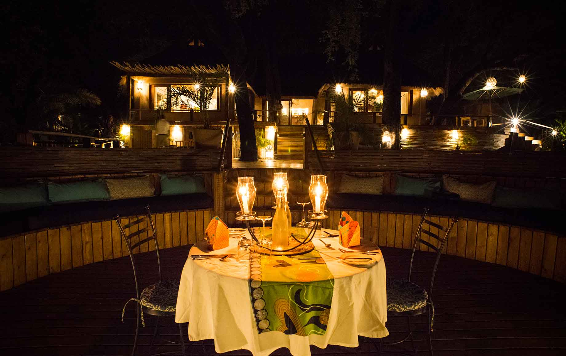 candlelit dinner at Camp Tongabezi