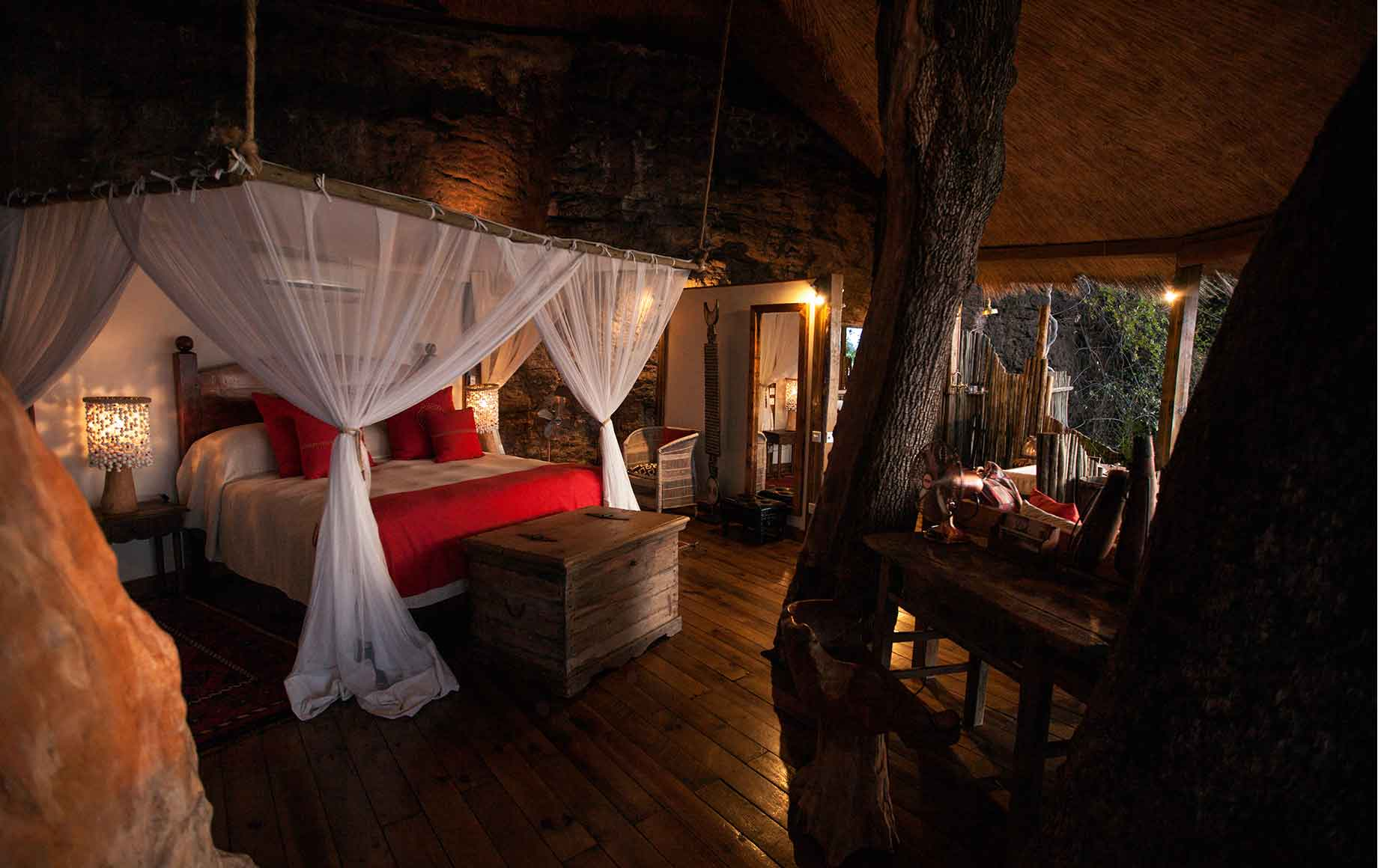 another king bedroom at Camp Tongabezi