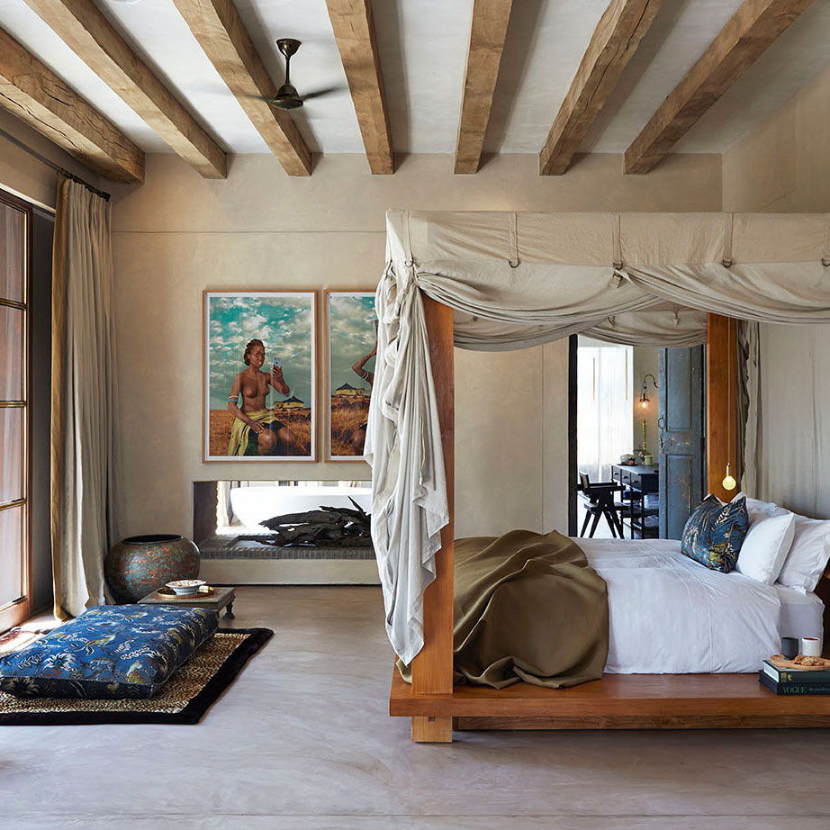 a gorgeous bedroom at Kubili House