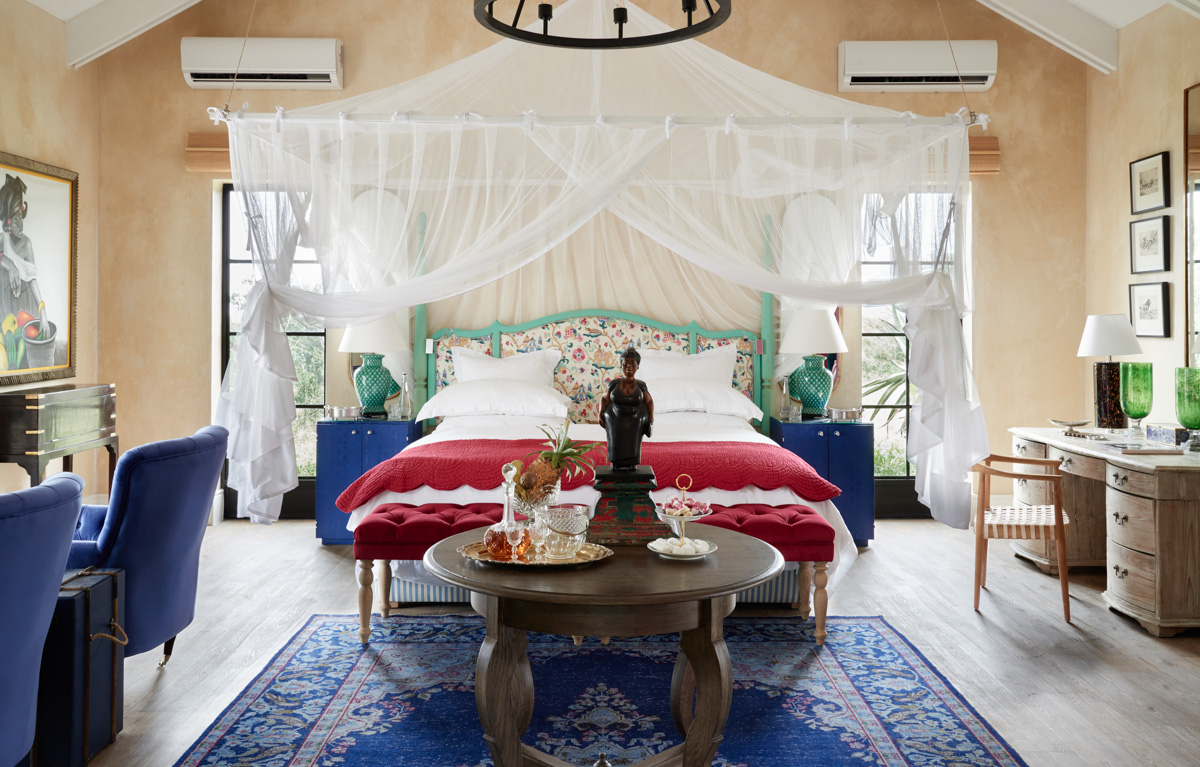 Large Canopy Bed