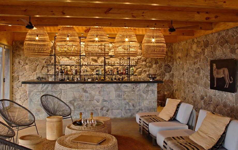 The lounge at Namiri Plains
