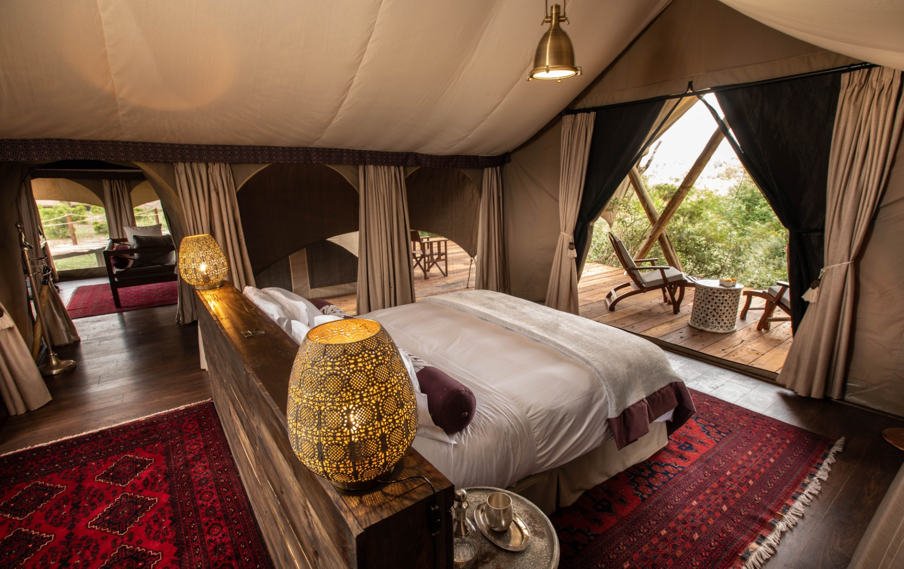 a king bedroom at Mara Nyika