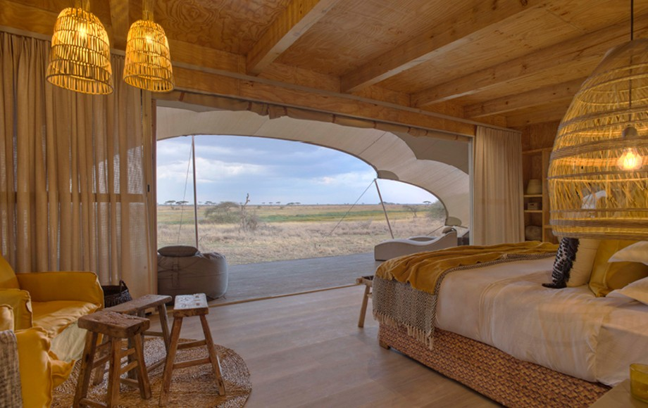 A hotel room in Namiri Plains