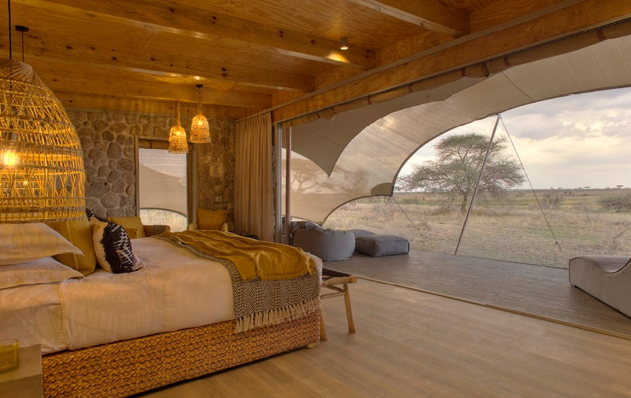 Another view of a hotel room at Namiri Plains