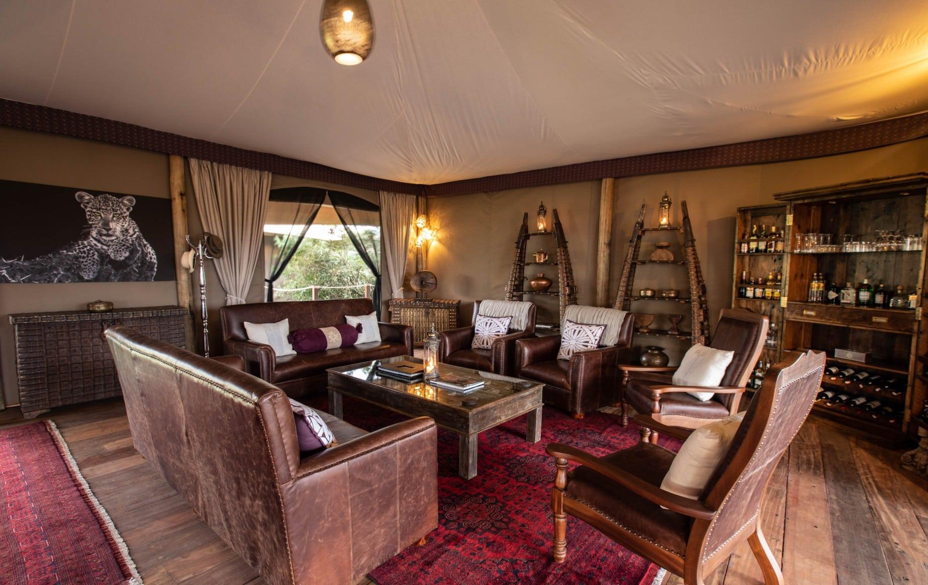 a lounge at Mara Nyika