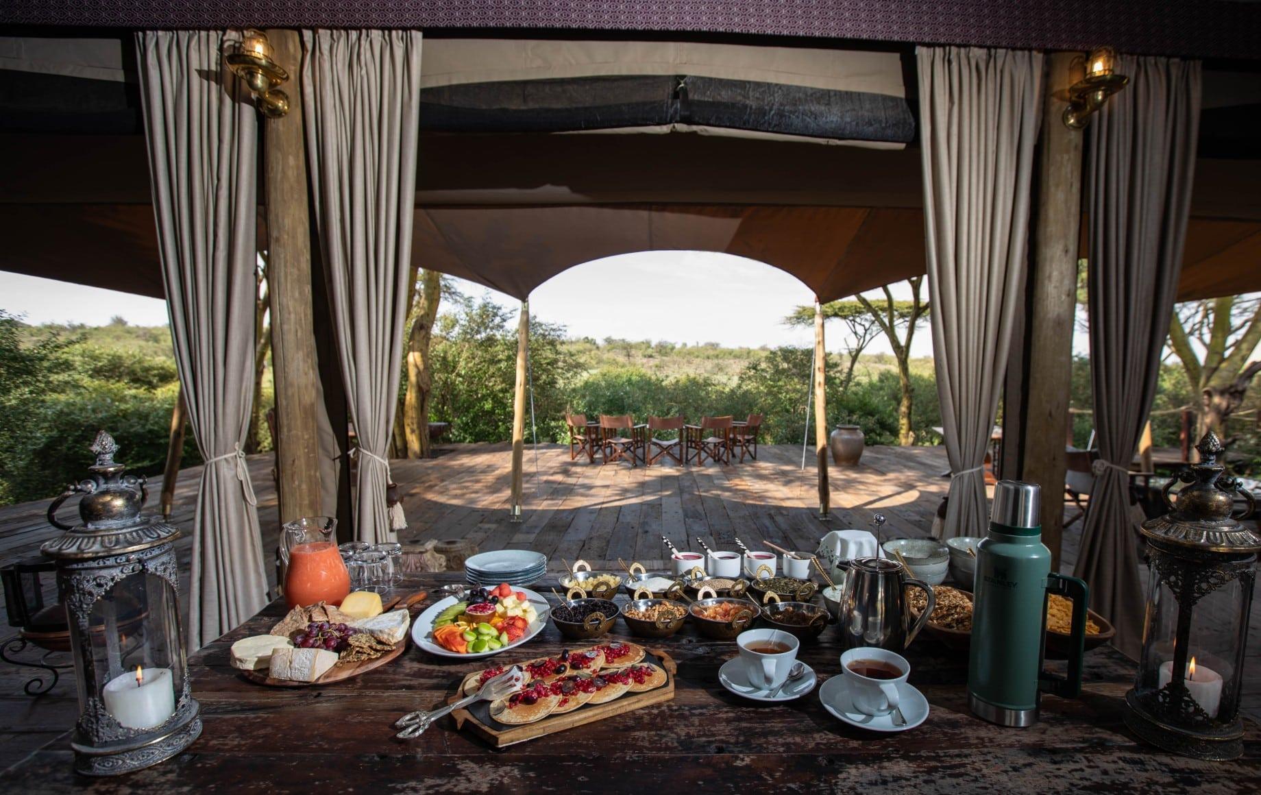 a dining room at Mara Nyika