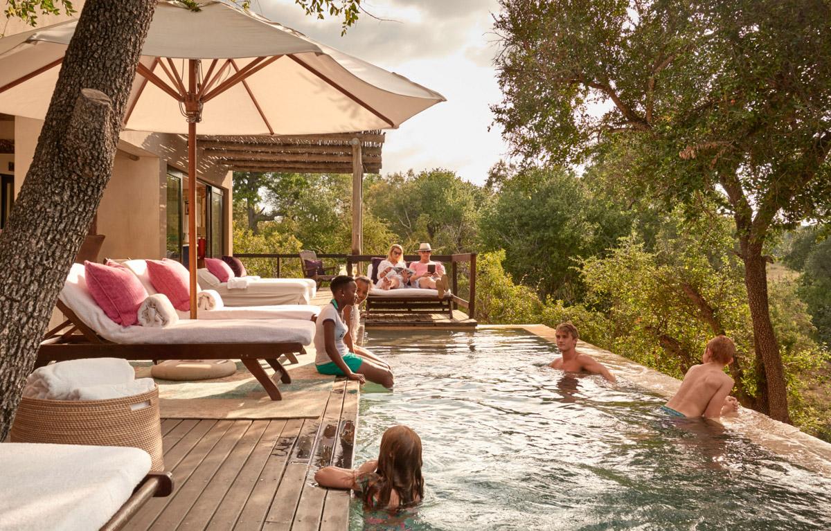 Travelers Pool